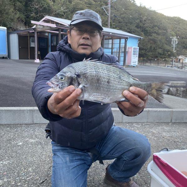 こだま渡船 カセ釣り釣果 2021/1/4